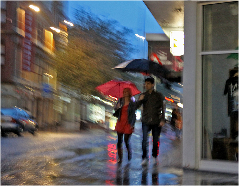 """фото """"""""И дождь смывает все следы..."""""""" метки: стрит-фото, вода, дождь"""