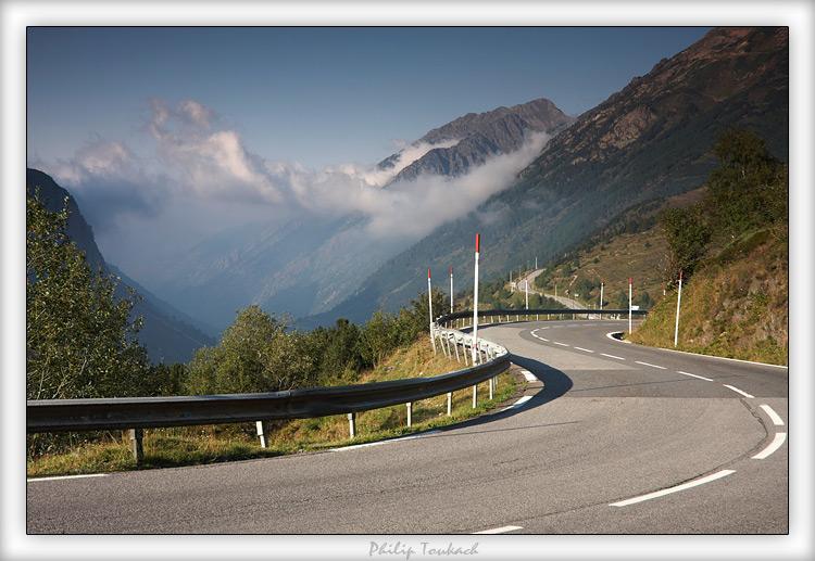 """фото """"Хака-Памплона"""" метки: пейзаж, путешествия, Испания, Памплона, Пиренеи, Хака, горы, дорога, шоссе"""