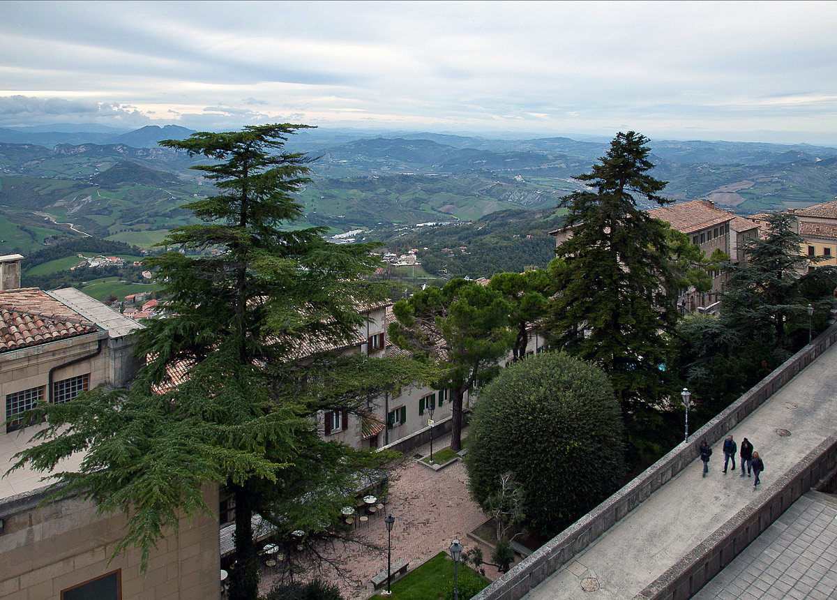 """фото """"Сан-Марино"""" метки: природа, горы"""