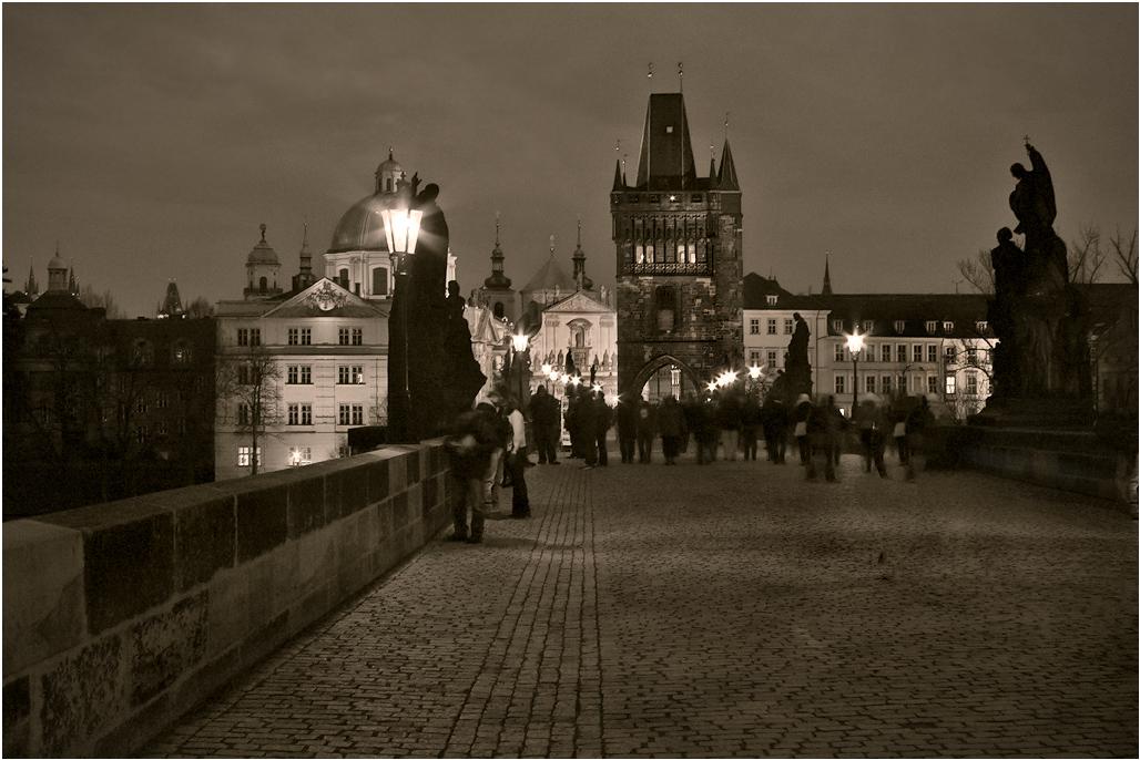 "фото ""На Карлов мост, загадывать желание..."" метки: путешествия, архитектура, пейзаж, Европа, Прага, Чехия, вечер, карлов мост"