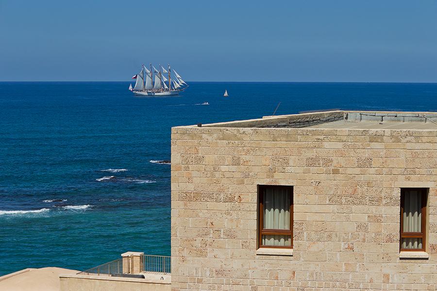 """фото """"Парусник"""" метки: пейзаж, путешествия, Израиль, Средиземное море, Яффо, парусник"""