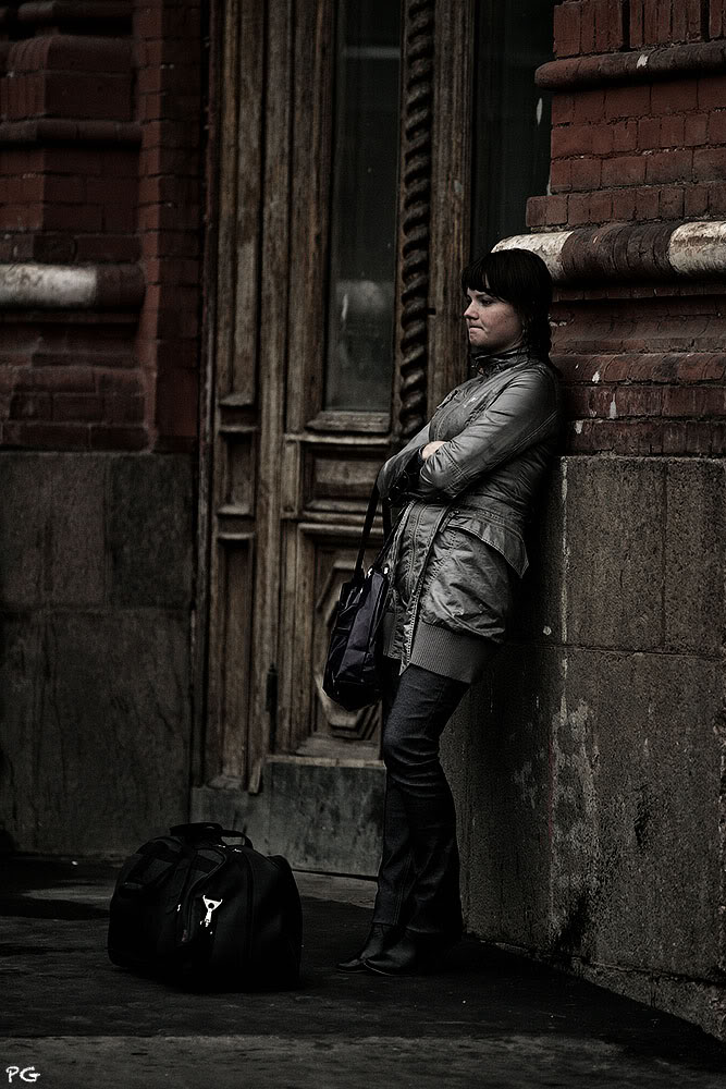 "photo ""***"" tags: genre, street, girl, взгляды"