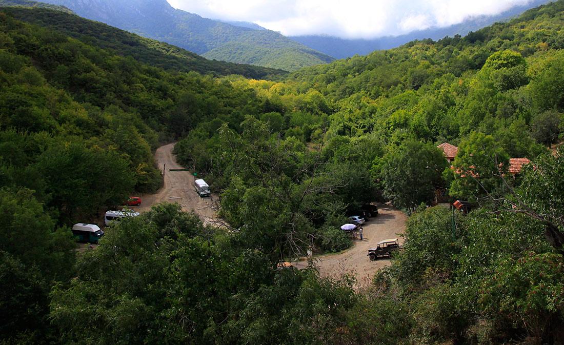"""фото """"Дорога в горах"""" метки: пейзаж, путешествия, природа, Крым, горы, демерджи, лето, отдых, путешествие, туризм"""