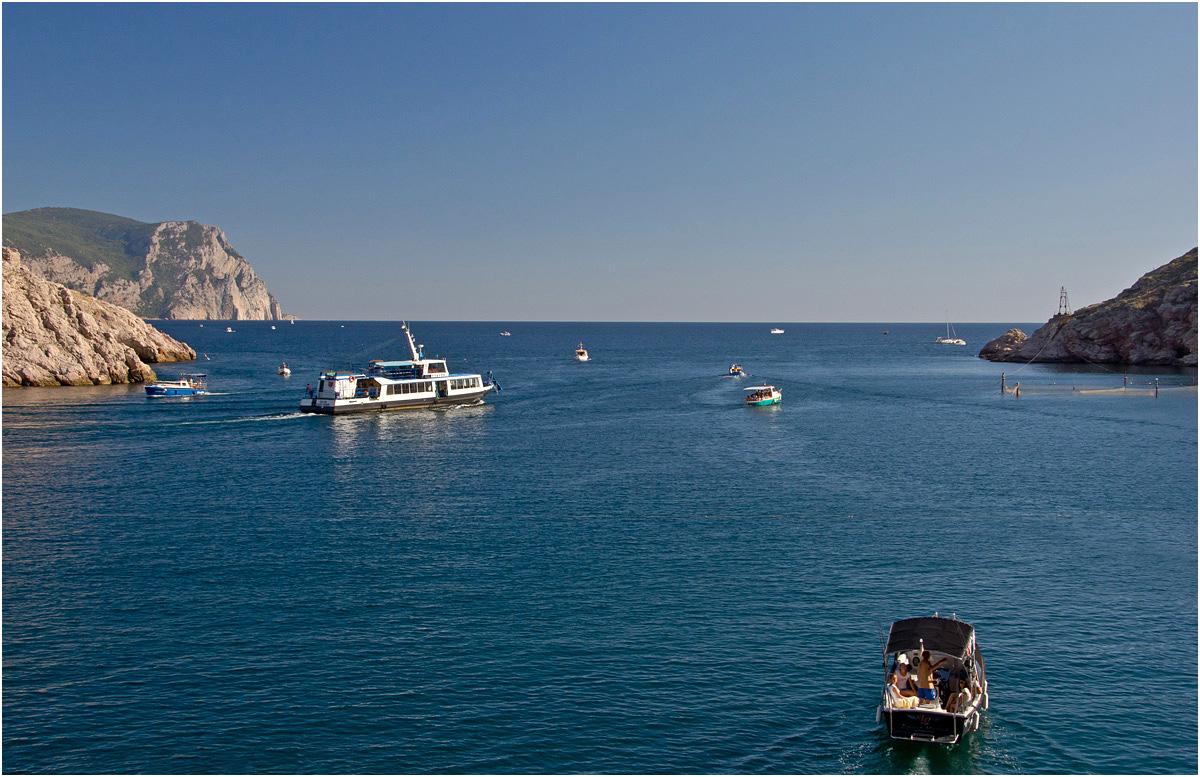 """photo """"* * *"""" tags: landscape, travel, Crimea, sea, Балаклава"""