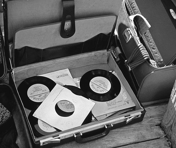 """фото """"Старые мелодии."""" метки: черно-белые,"""