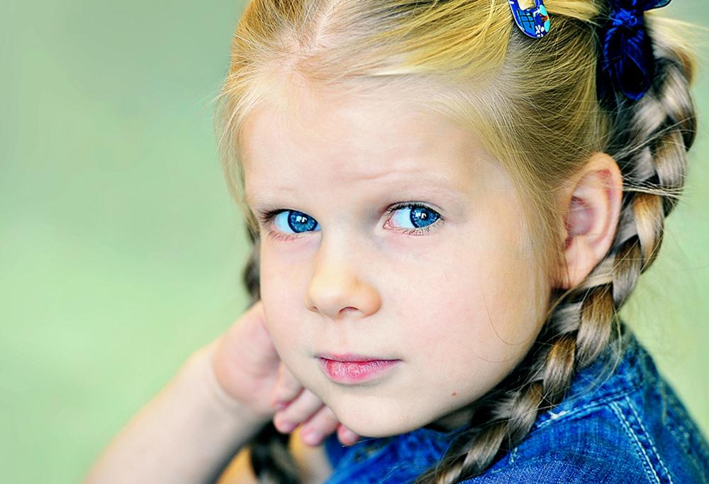 """фото """"детство..."""" метки: портрет, девочка, дети, детский сад, женщина, любовь, мужчина, ребенок"""