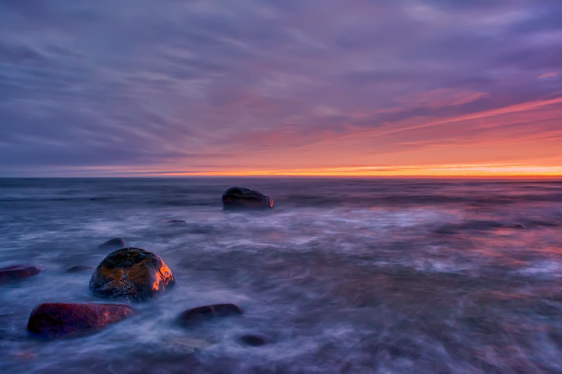"photo ""***"" tags: landscape, coast, sky, stone, sunset, water, ветер, краски"
