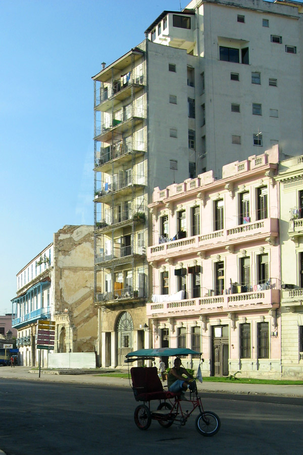 "photo ""Our Man in Havana"" tags: street, city, travel,"