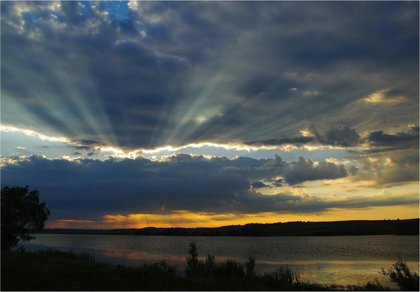 """фото """"***"""" метки: пейзаж, вода, лето, небо, облака, пруд, утро"""
