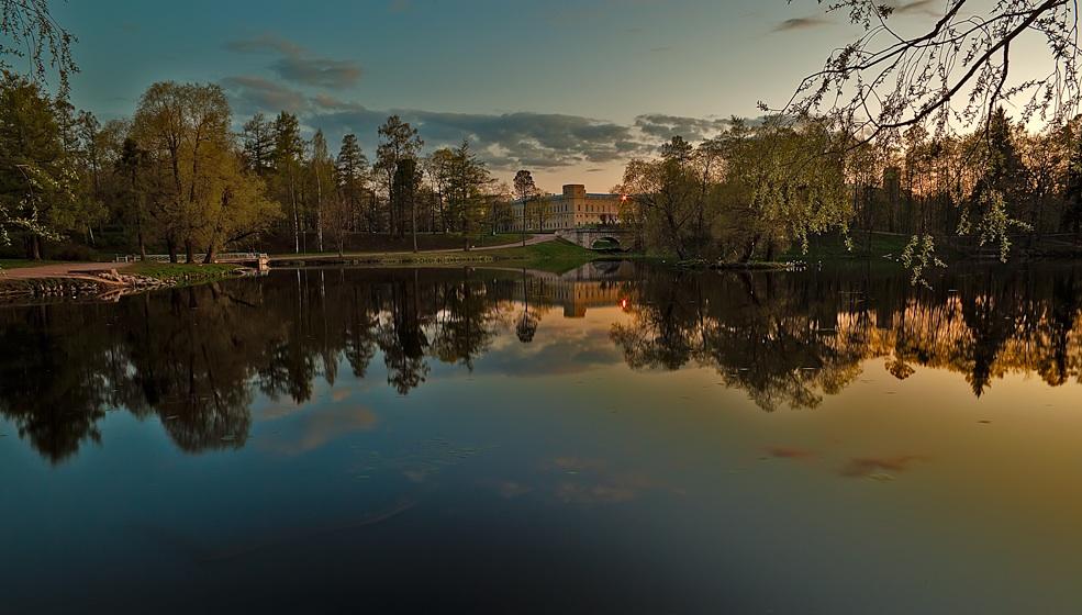 """фото """"Александровский парк"""" метки: , берег, вода, закат, краски, небо, рассвет, трава"""