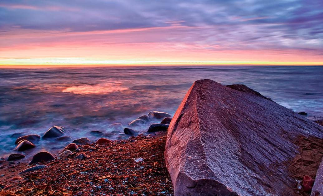 """фото """"Красный закат"""" метки: пейзаж, берег, вода, закат, камень, краски, море, небо, песок"""