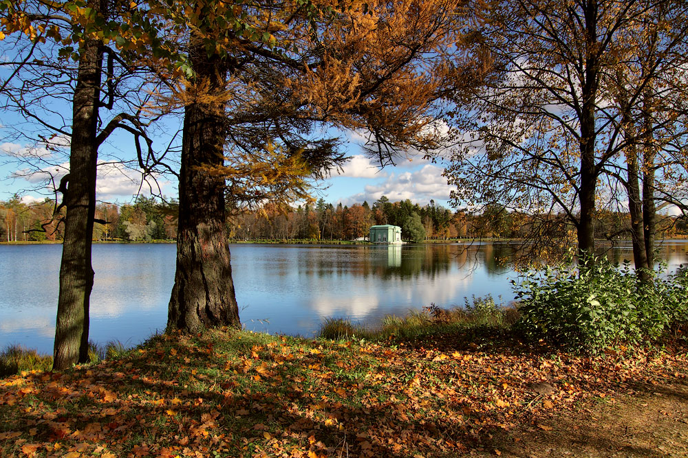 "photo ""***"" tags: landscape, architecture, autumn, lake, water"