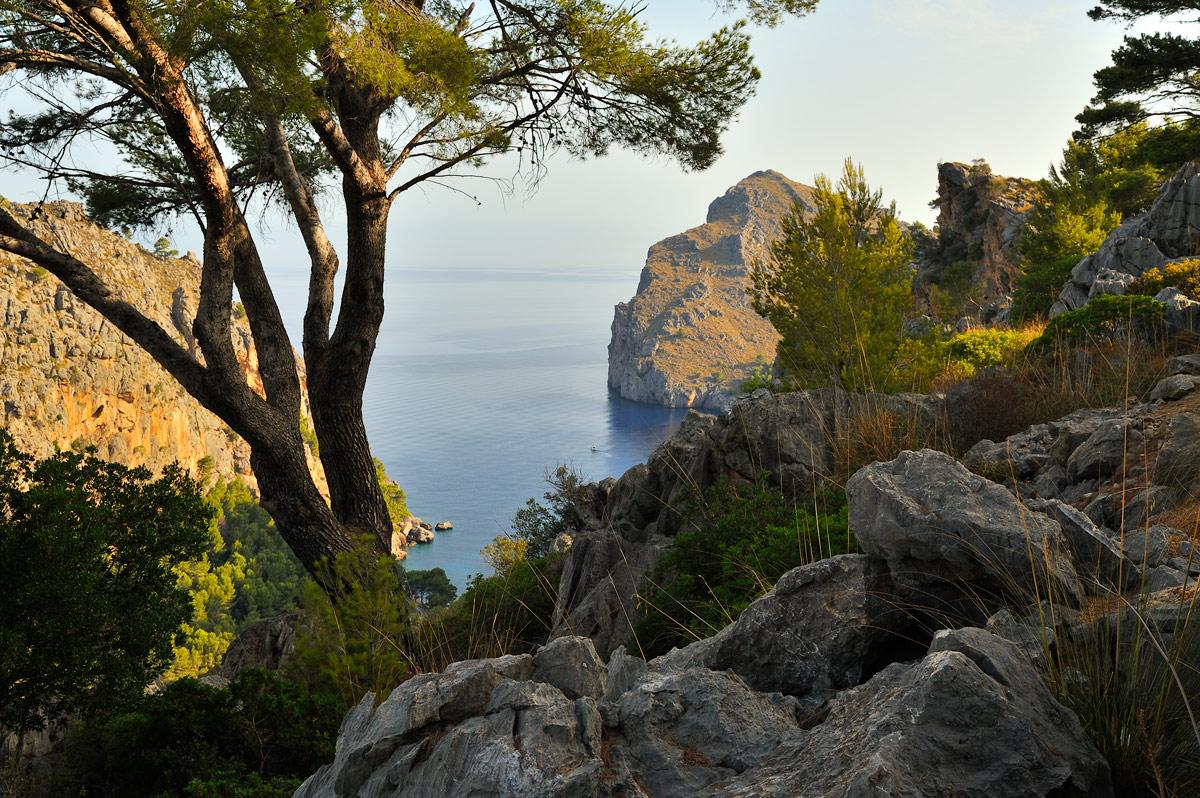 "photo ""***"" tags: landscape, travel, Europe, Majorca, bay, clouds, coast, sea"