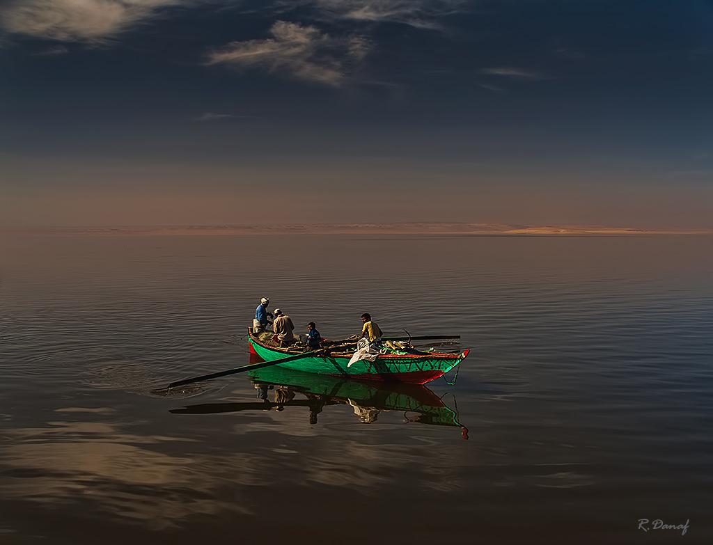 "photo ""Fishermen"" tags: travel, genre, Africa, lake, water"