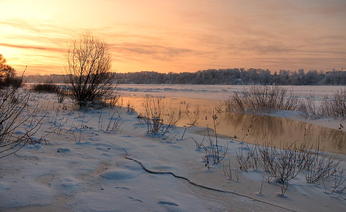 """фото """"Морозное утро"""" метки: , зима, река, снег, солнце"""