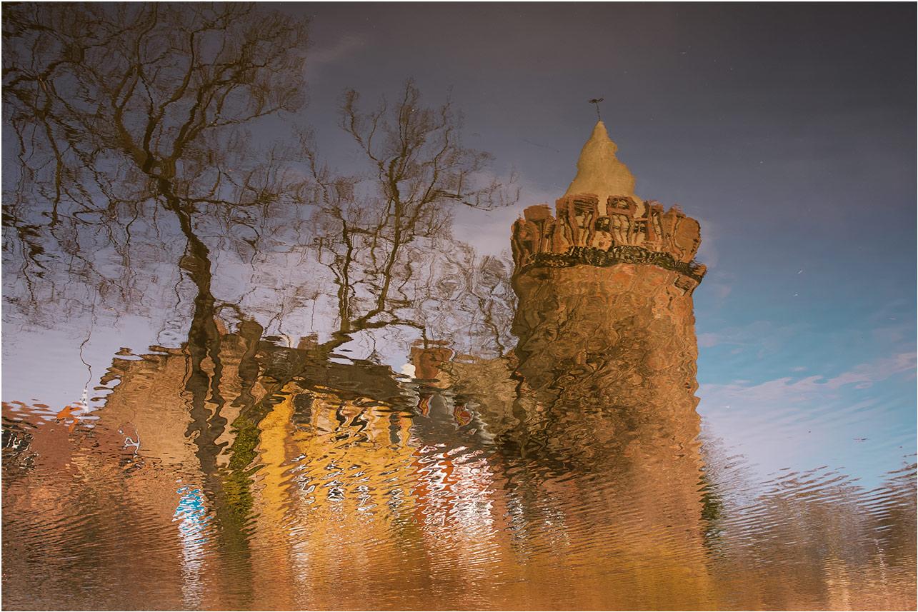 """фото """"Отраженнное время....."""" метки: разное, foto liubos, башня, бранденбург, вода, германия, отражение, старый город"""