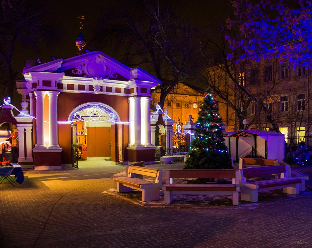 "фото ""Новый год скоро ..."" метки: архитектура, город, зима, ночь"