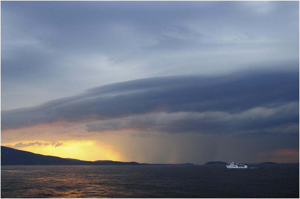 "фото ""штормовой закат"" метки: пейзаж, вода, закат"
