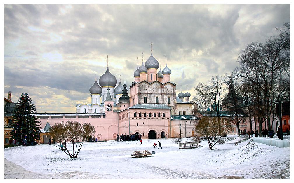 """фото """"Скоро,скоро..."""" метки: архитектура, путешествия, пейзаж, Кремль, Ростов, история, путешествие, рождество, туризм"""