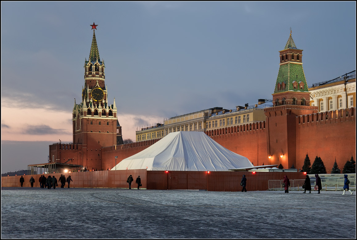 "photo ""Moscow winter"" tags: city, architecture, reporting,"