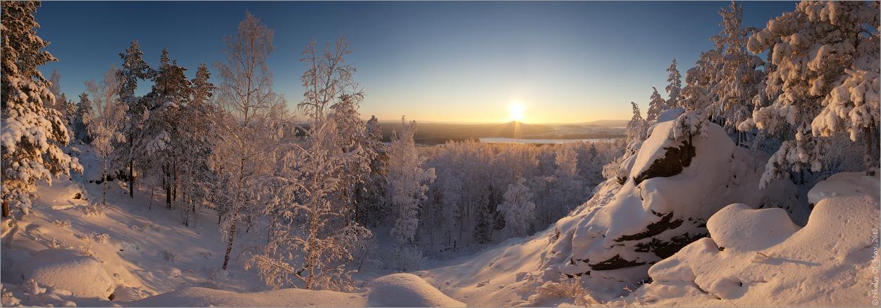 "фото ""Новогодняя / 0215_0284-0291"" метки: пейзаж, панорама, горы, зима, лес, рассвет, скалы, солнце"