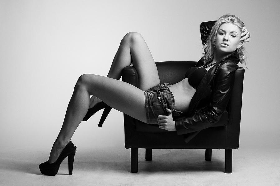 "photo ""Lady Di"" tags: black&white, portrait, диана"