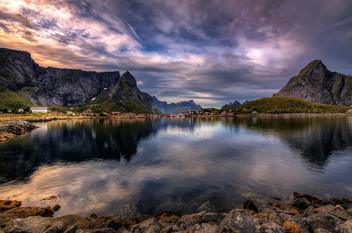 """фото """"Reine ,Lofoten"""" метки: пейзаж, Europe, вода, горы"""