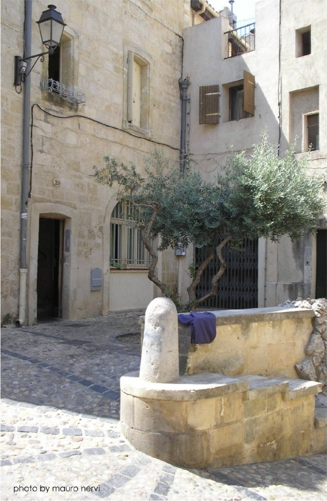 """фото """"a corner of Montpellier, south of the France"""" метки: репортаж,"""