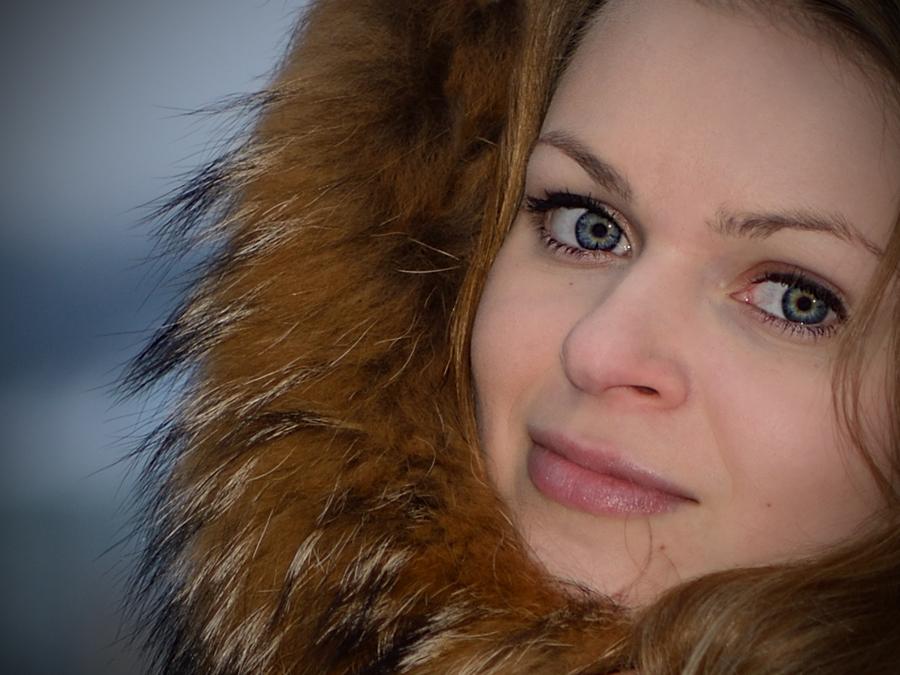 """фото """"Холодно зимой"""" метки: портрет, девушка, зима, холод"""