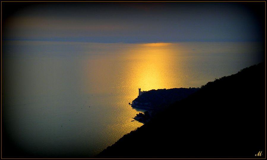"фото ""A golden light spot on earth"" метки: пейзаж, гламур,"