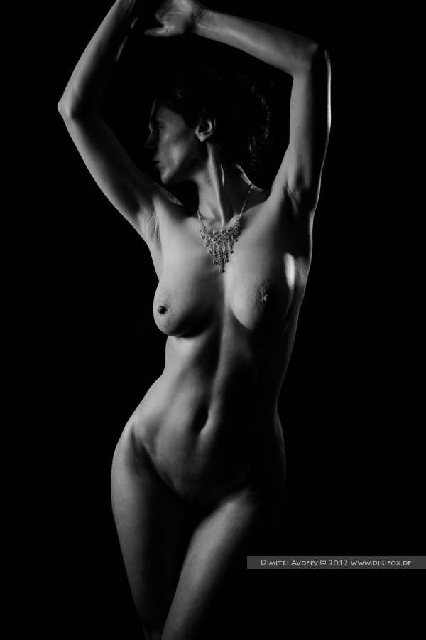 "photo ""***"" tags: nude, studio, woman, обнажённая"