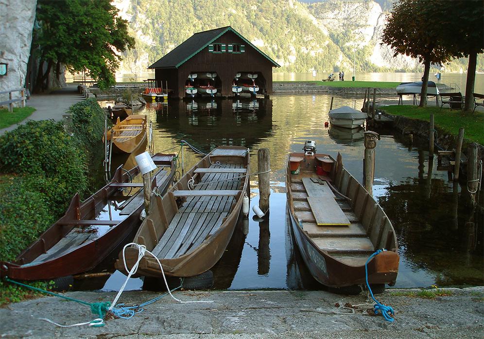 """фото """"***"""" метки: пейзаж, архитектура, путешествия, лодка, озеро, причал"""