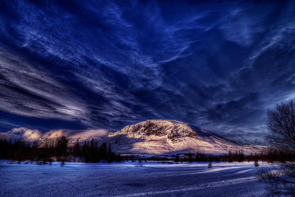 """фото """"Almost Dark"""" метки: пейзаж, Europe, Ice, night, горы"""