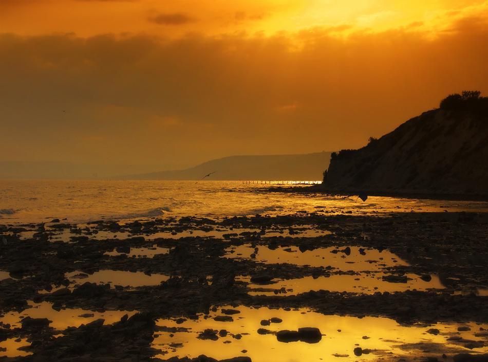 "photo ""Dreams of summer ..."" tags: landscape, travel, nature, Europe, autumn, night, rocks, sea, sun, sunset"