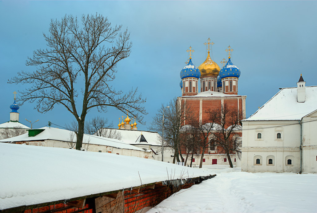 "photo ""In the Ryazan Kremlin"" tags: architecture,"