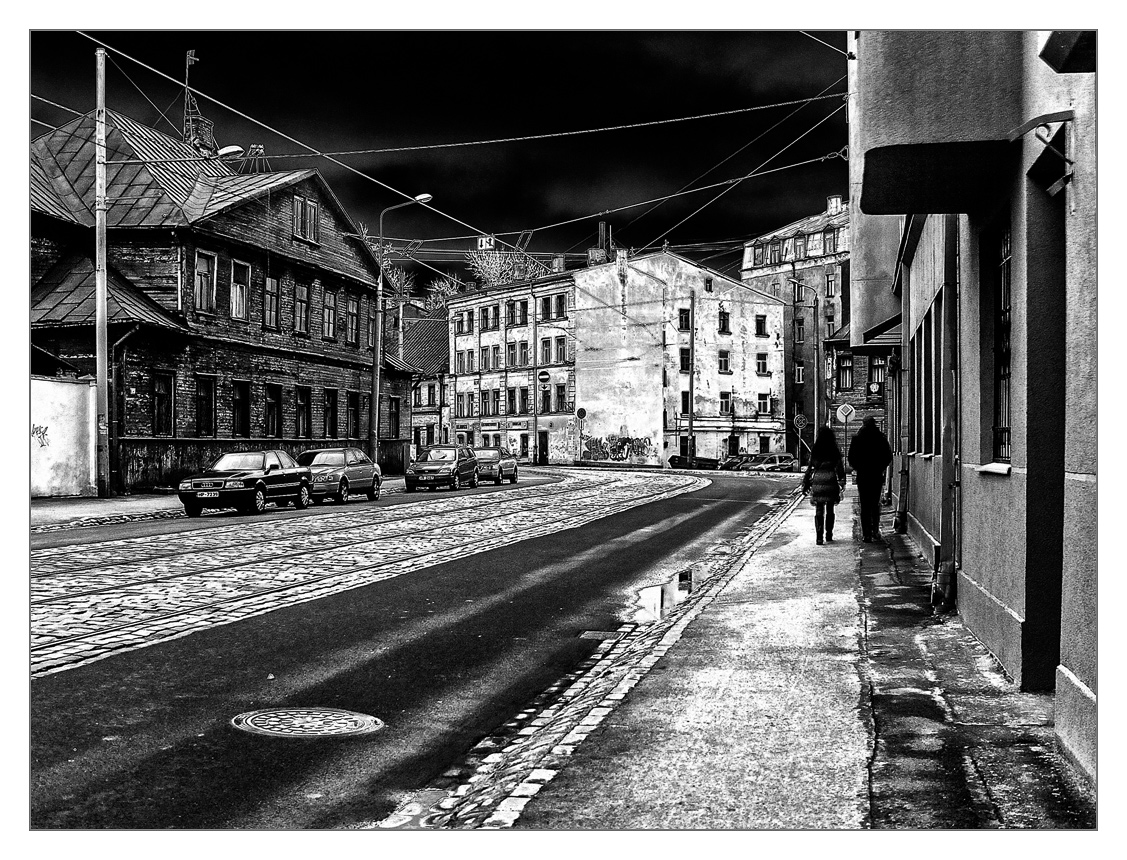 "photo ""***"" tags: architecture, black&white, street, winter"