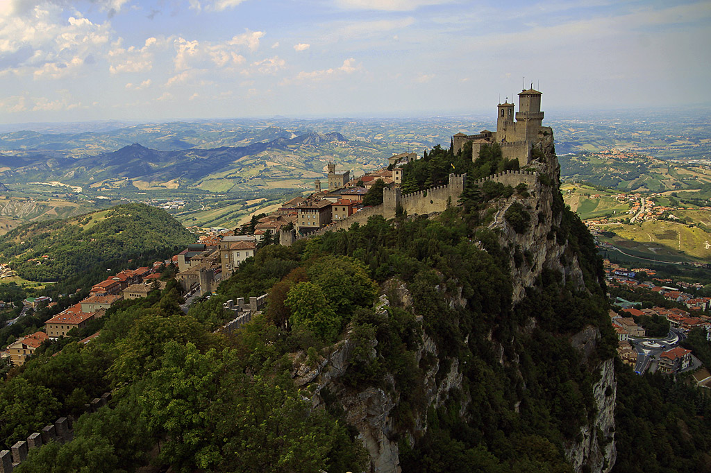 "фото ""Выше неба"" метки: путешествия, пейзаж, город, San Marino"