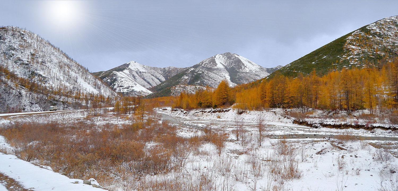 """фото """"Колымская трасса"""" метки: пейзаж, горы, дорога, зима, снег"""