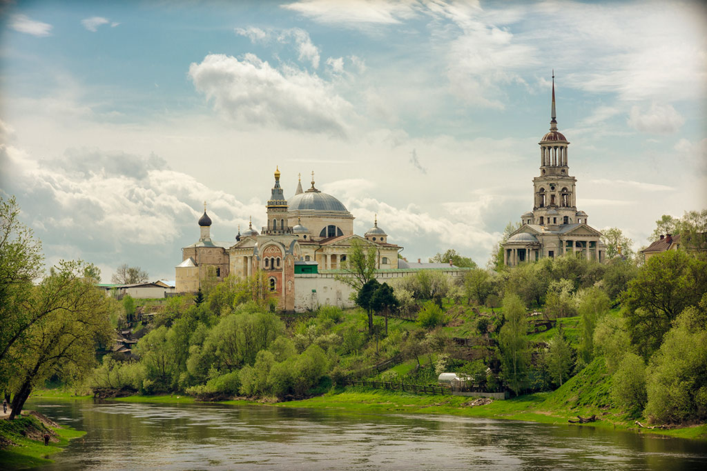 "photo ""Borisoglebskyy Monastery, Torzhok"" tags: landscape, architecture, city, temple, Торжок, монастырь, церковь"