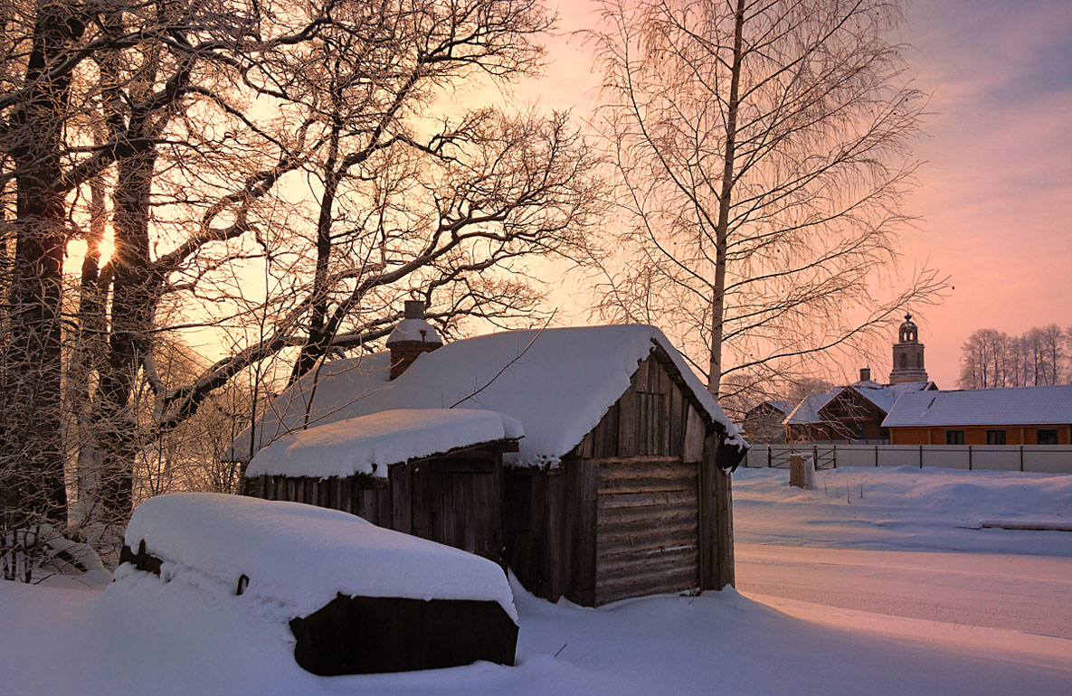 "фото ""Зима солнечная"" метки: пейзаж, ветви, домик, зима, снег, солнце"