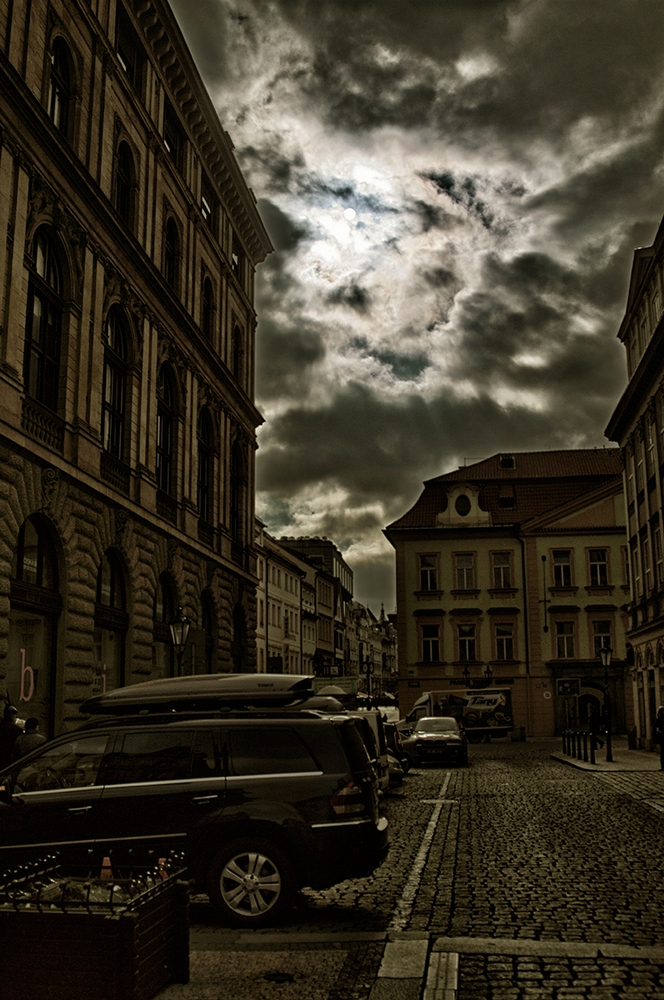 "photo ""***"" tags: travel, street, Europe, clouds, spring"