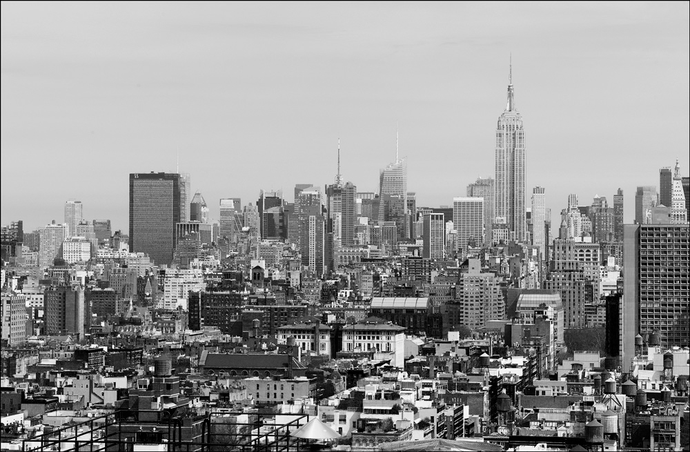 "photo ""City panorama"" tags: black&white, landscape, architecture,"