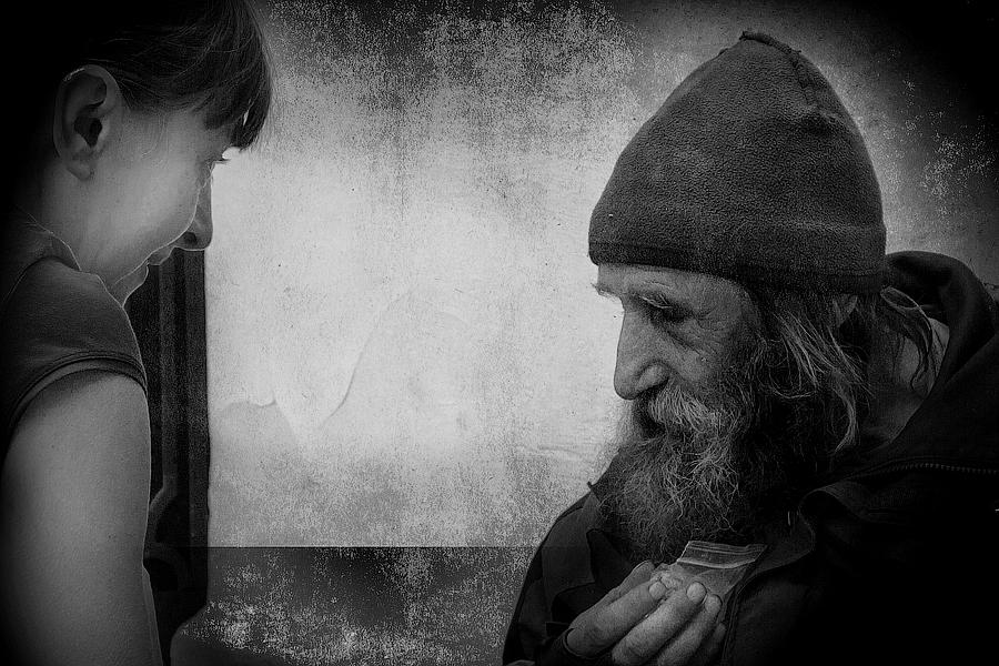 """фото """"Милосердие"""" метки: портрет, стрит-фото, жанр, Город, жизнь людей, лица, отношения"""