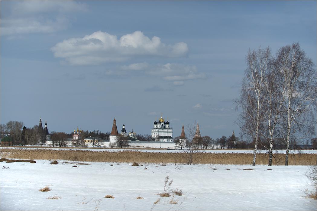 """фото """"Ранневесеннее"""" метки: пейзаж, путешествия, весна, монастырь, снег, церковь"""