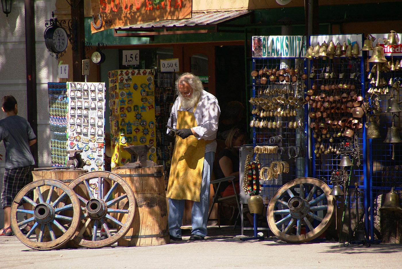 """фото """"Продавец сувениров."""" метки: путешествия,"""