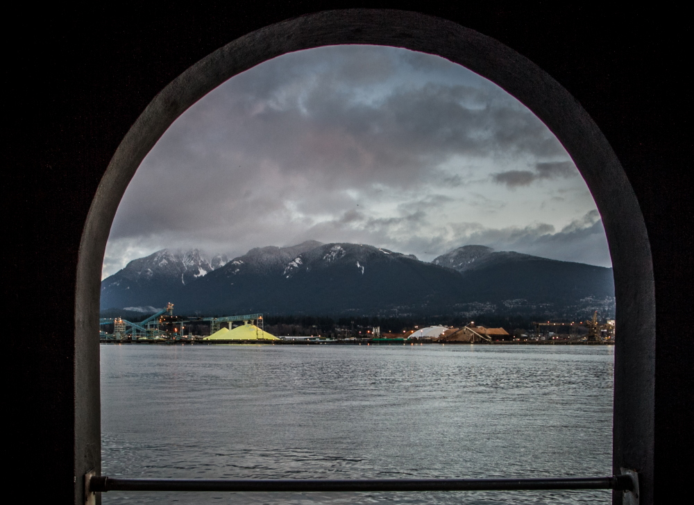 "фото ""Portal to the Mountains"" метки: пейзаж, природа, Северная Америка, вода, горы, облака"