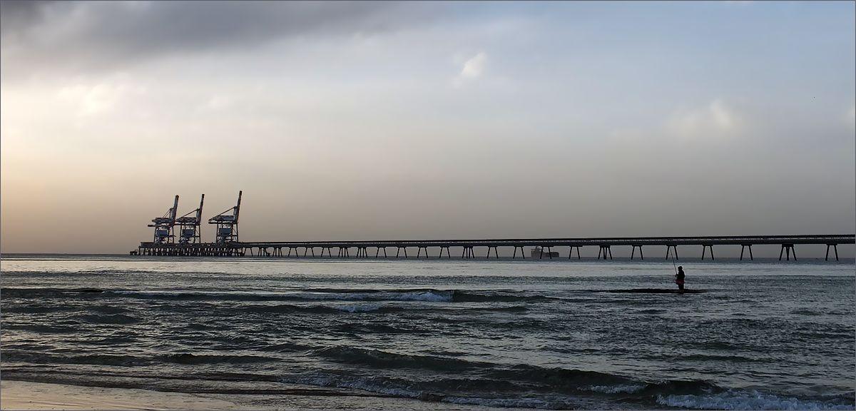 """photo """"Terminal"""" tags: landscape, sea"""