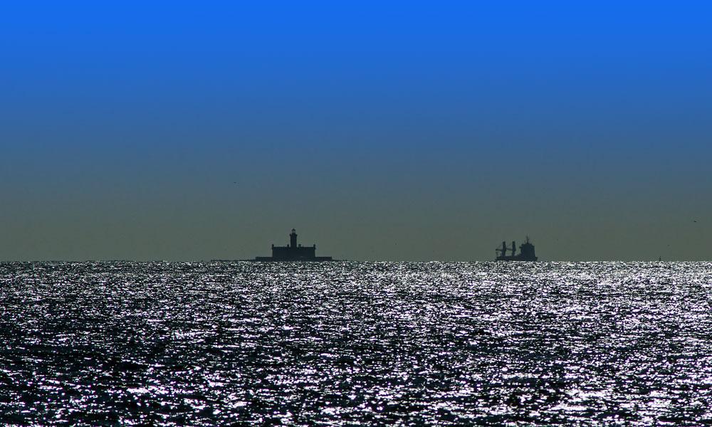 "фото ""Leaving Harbour"" метки: панорама, пейзаж, природа, Lisbon, portugal"