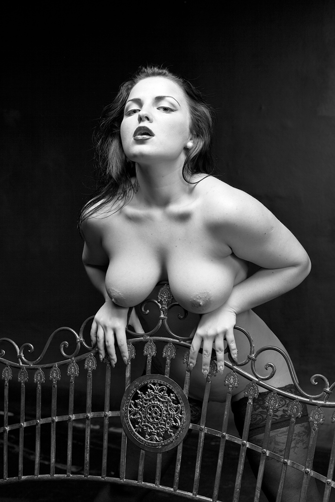 "фото ""Дяволица"" метки: ню, девушка, модель, чб, эротика"