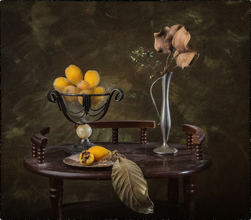 "photo ""With medlars"" tags: still life, old-time,"